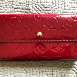 Lous Vuitton Sarah Wallet in Red